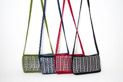 Pochette à bandoullière crochet 20 cm x 11 cm en opercules de canettes - Frésita - Floka 1