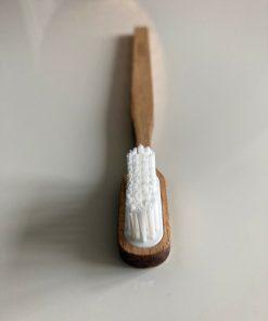 brosse à dents en hêtre